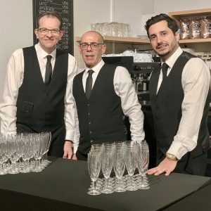 Butlers and waiters in London
